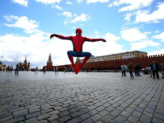 """«Человек-паук: возвращение домой», «Эксперимент """"Офис""""» и«Институт Роузвуд»"""