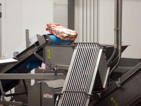 Битые за биточки Суд закрыл заводик по производству котлет, которые готовили из протухшего мяса.